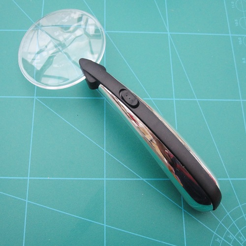 Magnifying Glass Rimless X 3 Magnification Built In Led Light